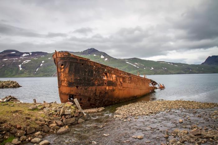 Stranded Ship Djúpavík