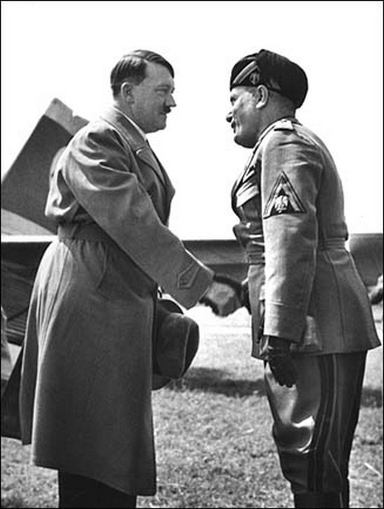 ადოლფ ჰიტლერისა და ბენიტო მუსოლინის პირველი შეხვედრა 1934 წელი