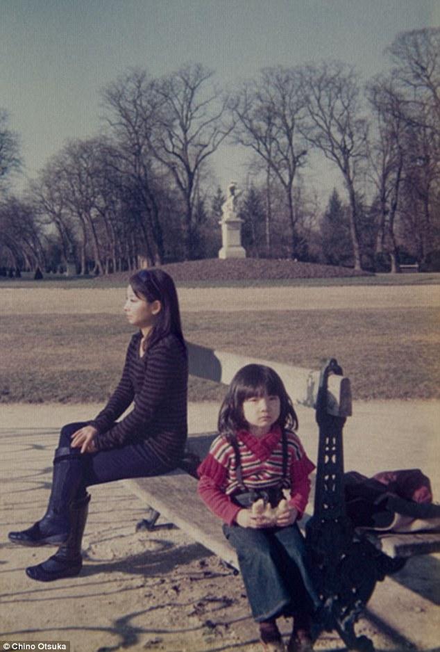 1977 და 2009, ლუქსემბურგის ბაღი, პარიზი