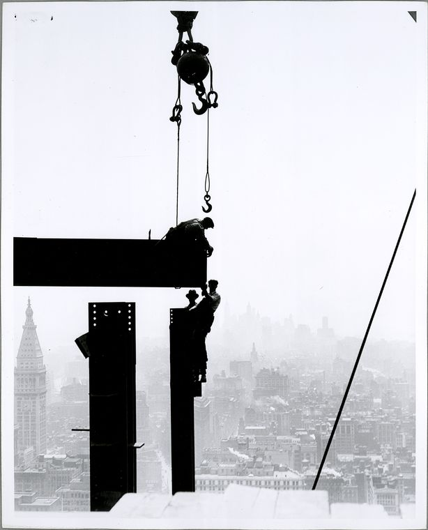 vintage-empire-state-building-construction-photos-by-lewis-wickes-hine-1931-28