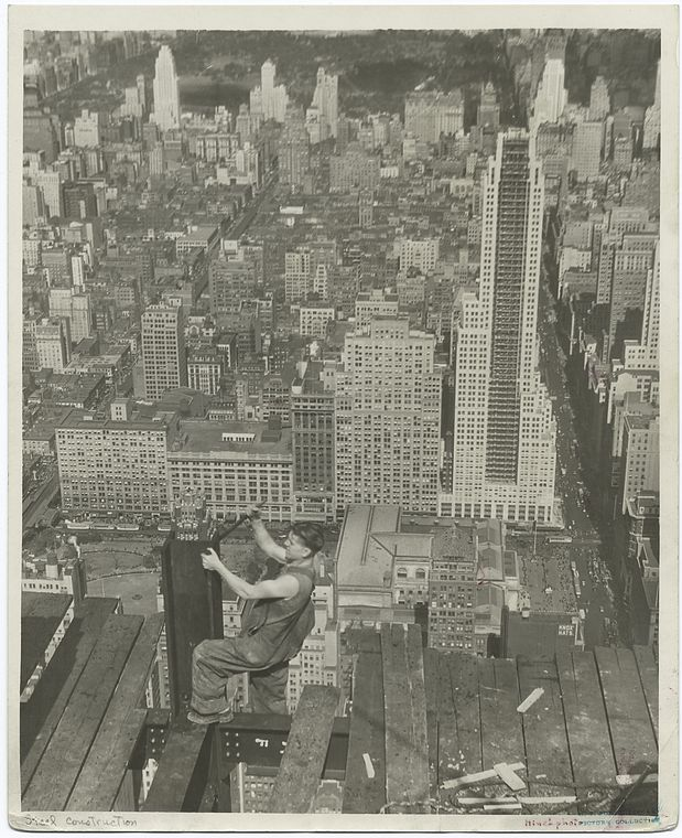 vintage-empire-state-building-construction-photos-by-lewis-wickes-hine-1931-9